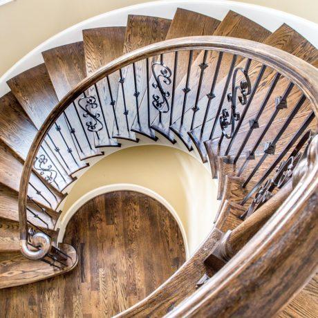 家の階段にはどんな種類がある?